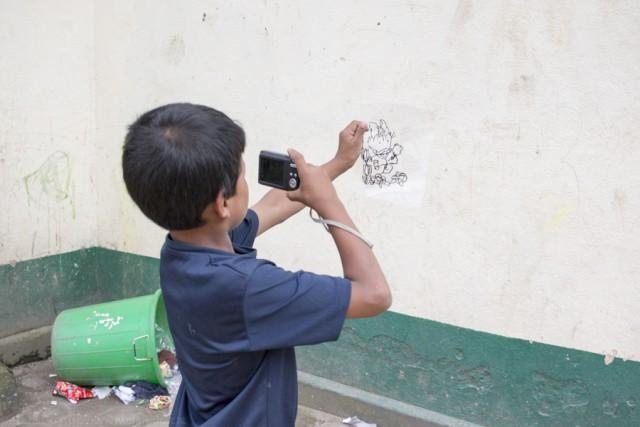 Plastic and Cartoons a Siphal Children Home (Amics del Nepal)